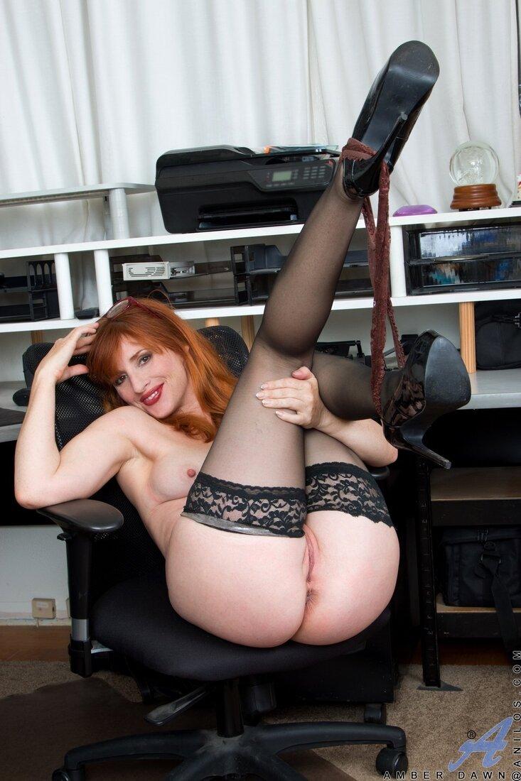 Голые секретарши фото порно