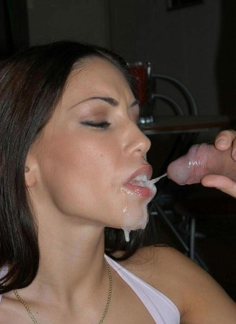 Кончают в рот спермой порно фото