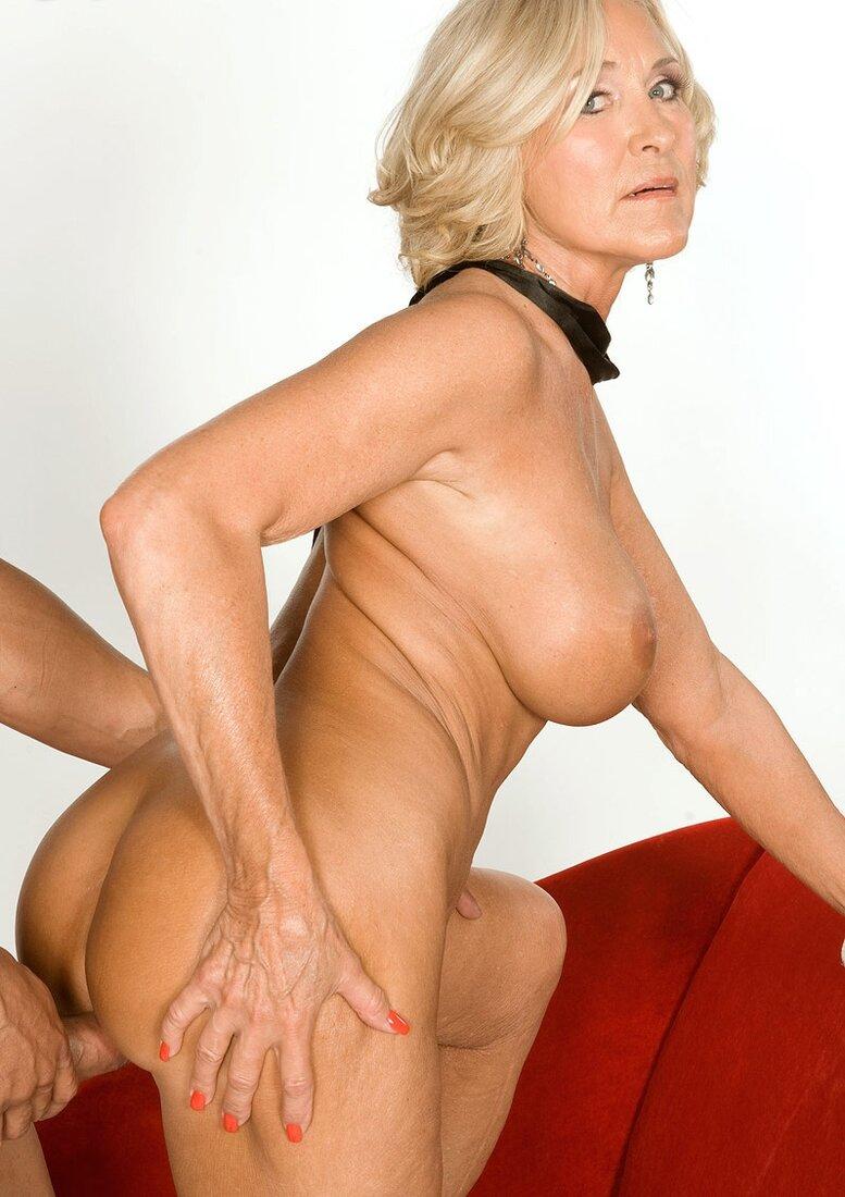 Порно 50 летних женщин фото