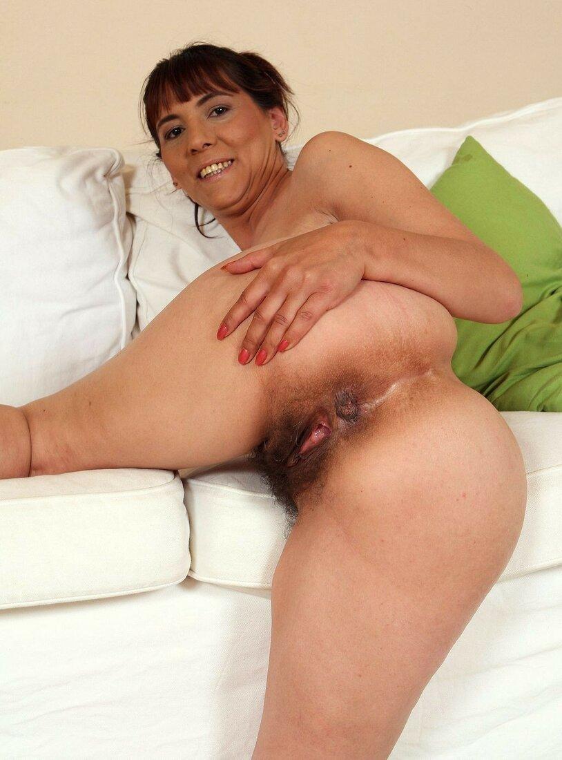 зрелые женщины с волосатой пиздой фото раком
