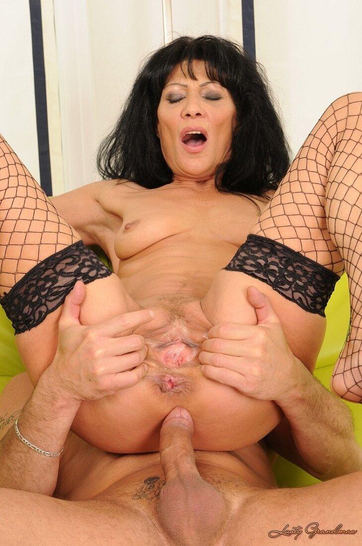 Порно анал со зрелыми женщинами фото