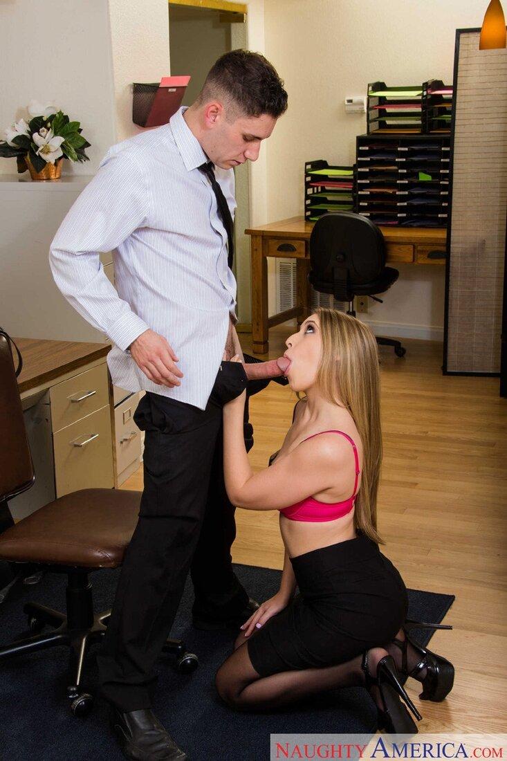 Порно минет в чулках фото